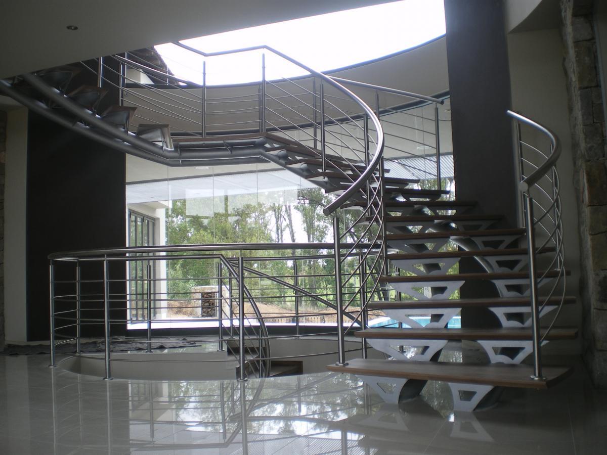 Оригинальные лестницы Екатеринбург УМСК